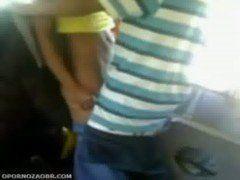 Novinha dando dentro do onibus