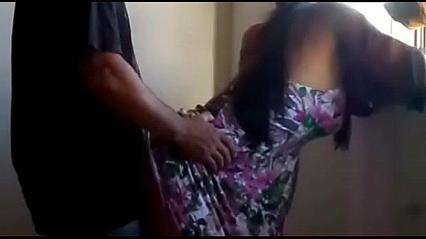 Morena casada fodendo no sexo amador