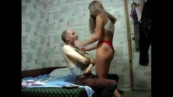 Ninfeta puta dando seu rabo no sexo gostoso