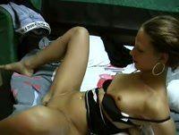 Loira ninfeta fazendo sexo gostoso com seu macho