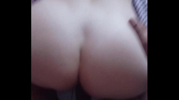 Loirinha metedeira que adora um rola grossa