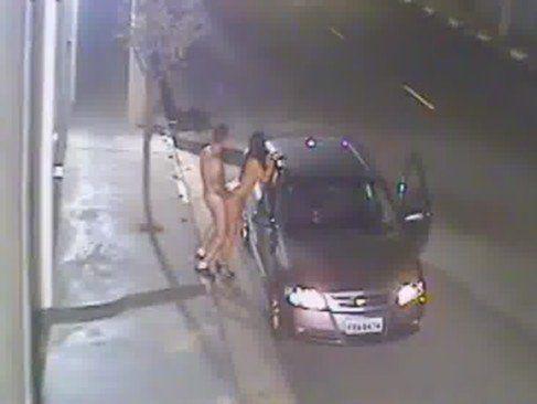 Flagrados fazendo sexo gostoso na rua
