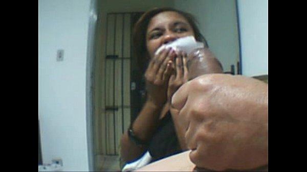 Ninfeta boqueteira mamando no dotado