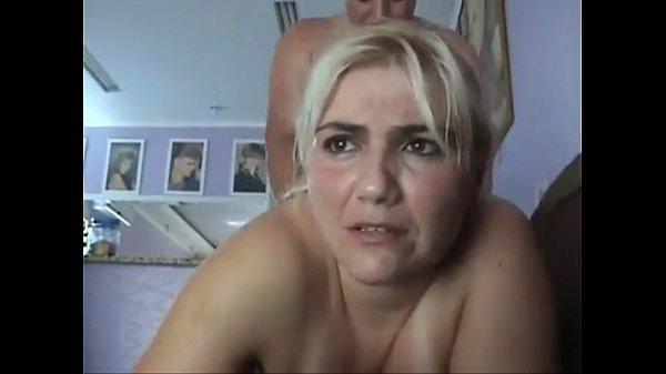 Milf sexo anal caseiro com uma coroa amadora