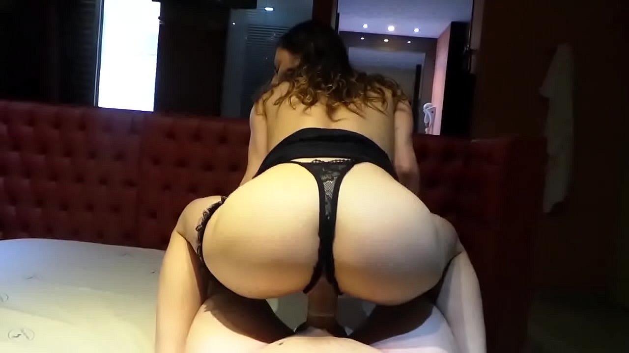 Filme de sexo com amadora gostosa bem safada fodendo